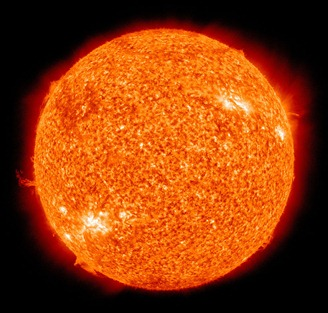 1073px-The_Sun_by_the_Atmospheric_Imaging_Assembly_of_NASA's_Solar_Dynamics_Observatory_-_20100819